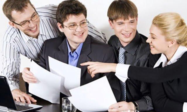 Jóvenes empleados en Asturias…