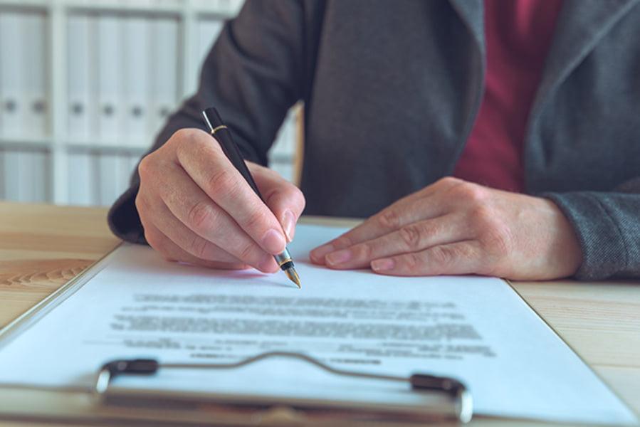 Cómo redactar una carta de reclamación de seguro